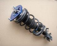 ■ K12マーチ用ピロアッパーマウントシートセット組み付け例